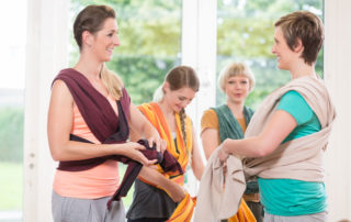 How to Use a Baby Carrier Without a Sore Neck